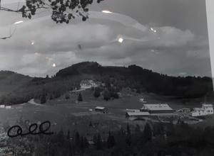 Le site et la maison de Vernon G. Cardy en 1945 à Val-David